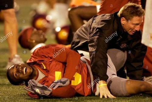 Bryan Bailey stretching USC's Reggie Bush