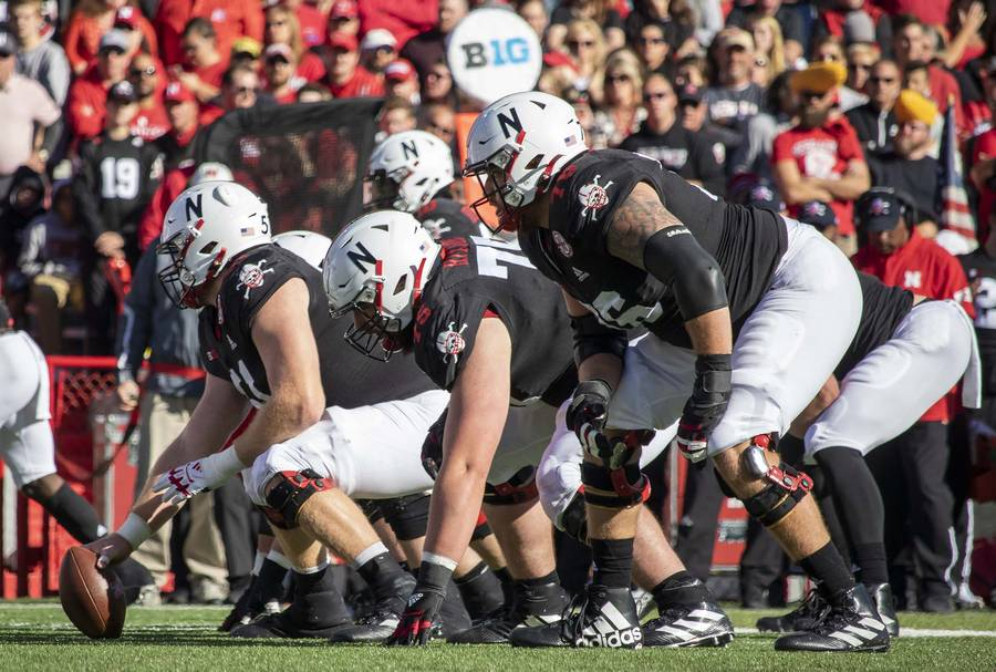 Huskers' offensive line prepares for the snap