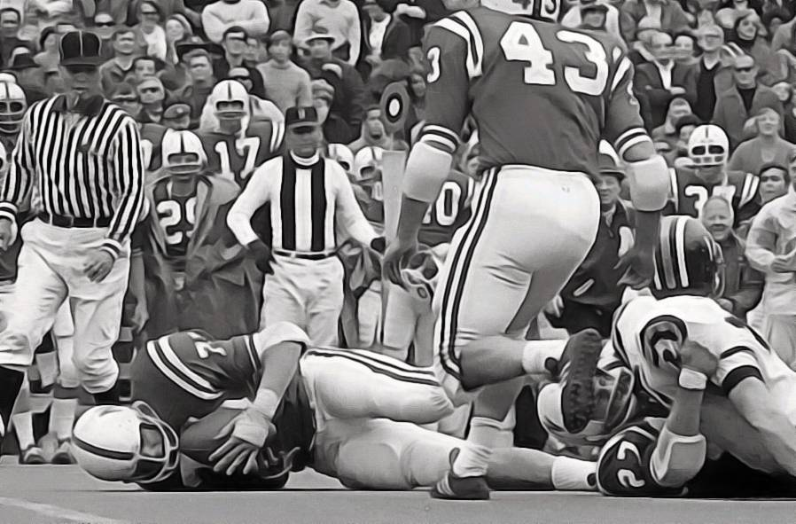 Larry Jacobson fumble recovery